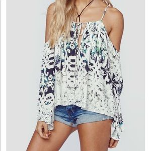 Blue Life open shoulder top in WHITE/BLUE/GREEN